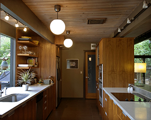 mobile-home-energy-efficient-kitchen